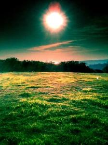 tramonto sulla collina a hastings
